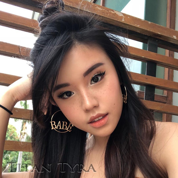 Titan Tyra Beauty Vlogger Indonesia